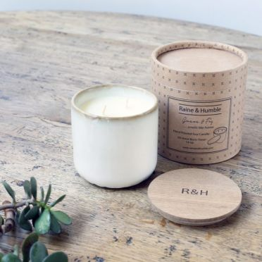 Guava & Fig Scented Soy Candle